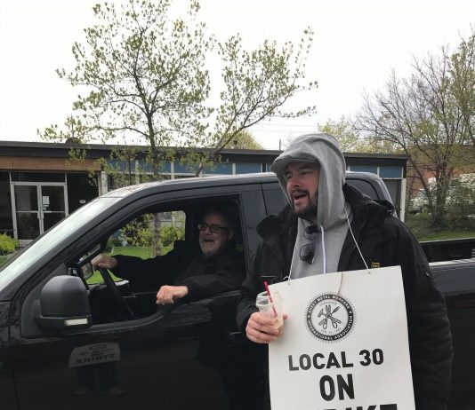 Local 30 picketer