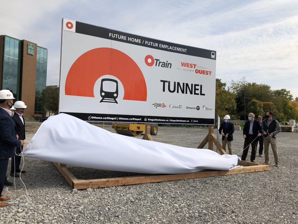 ottawa tunnel sign